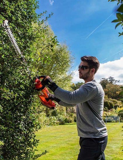 Battery Hedge Trimmers